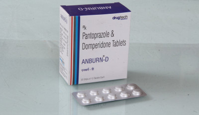 """Pantoprazole  40mg Domperidone  10mg"""